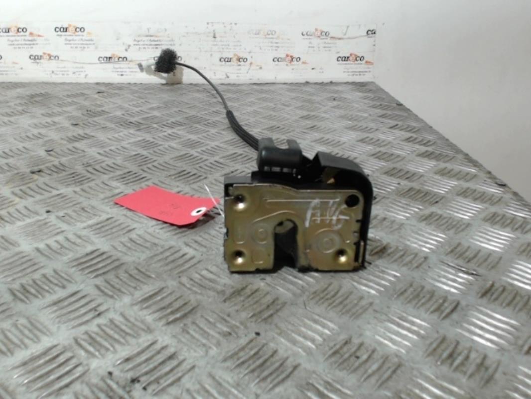 serrure avant gauche renault clio ii phase 2 essence. Black Bedroom Furniture Sets. Home Design Ideas