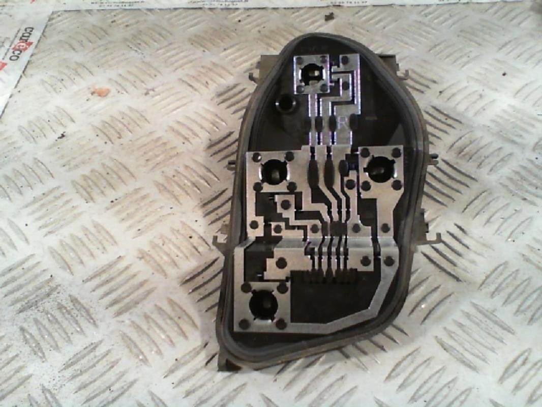 platine feu arriere droit renault clio iii phase 1 gasoil. Black Bedroom Furniture Sets. Home Design Ideas