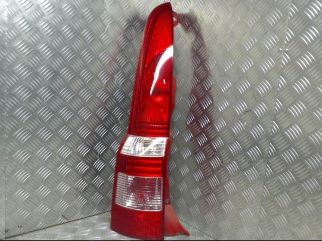 Détails sur Feu arriere principal gauche (feux) FIAT PANDA II PHASE 1  Essence/R:22212085