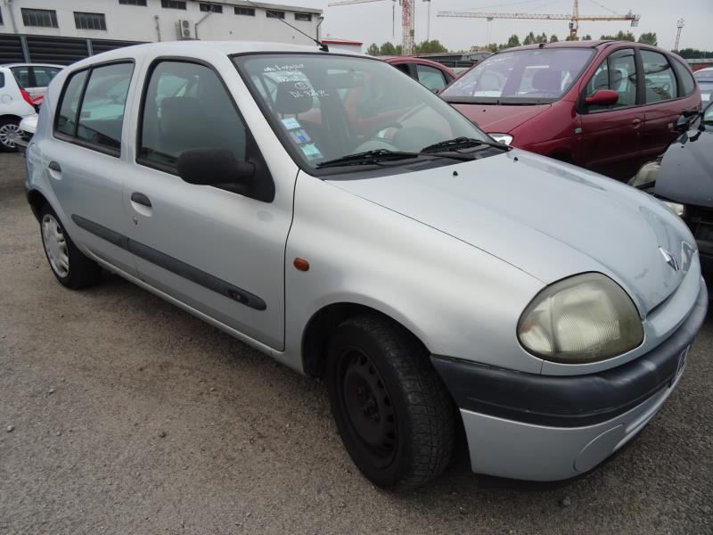Radiateur Eau Renault Clio Ii Phase 1 Essence