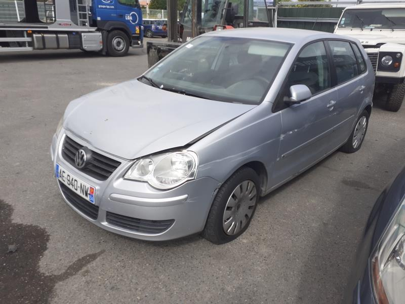 VOLKSWAGEN POLO IV (9N3) PHASE 2
